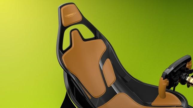Aston Martin giới thiệu ghế đua xe ảo giá 1,73 tỷ đồng ảnh 7