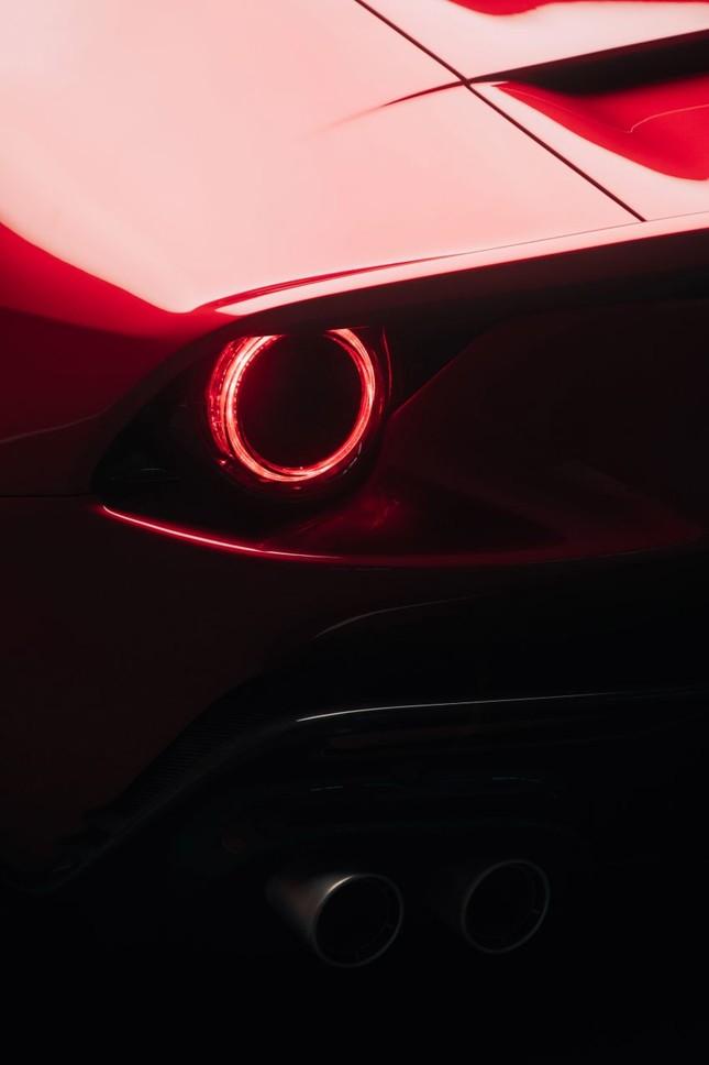 Ferrari Omologata - siêu xe Italy 'độc nhất vô nhị' vừa ra mắt ảnh 10