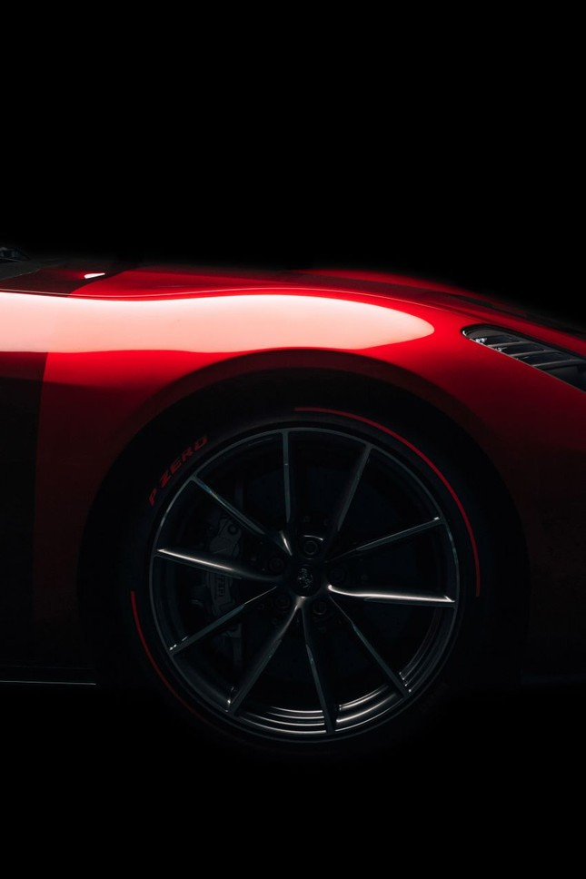 Ferrari Omologata - siêu xe Italy 'độc nhất vô nhị' vừa ra mắt ảnh 8