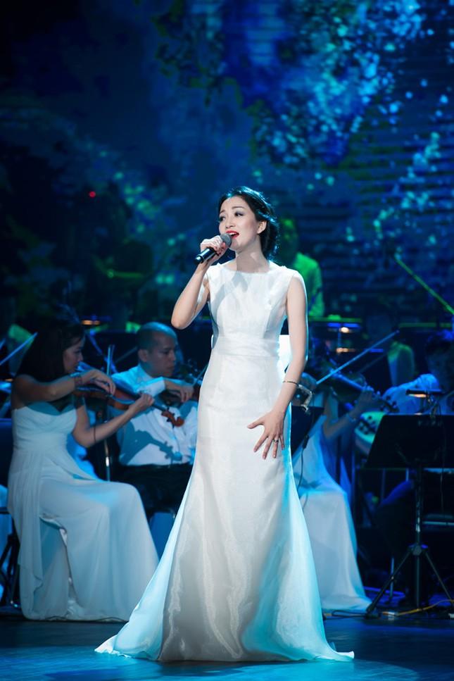 Thanh Lam, Hồng Nhung đọ sắc cùng 'đàn em' Phạm Thu Hà ảnh 10