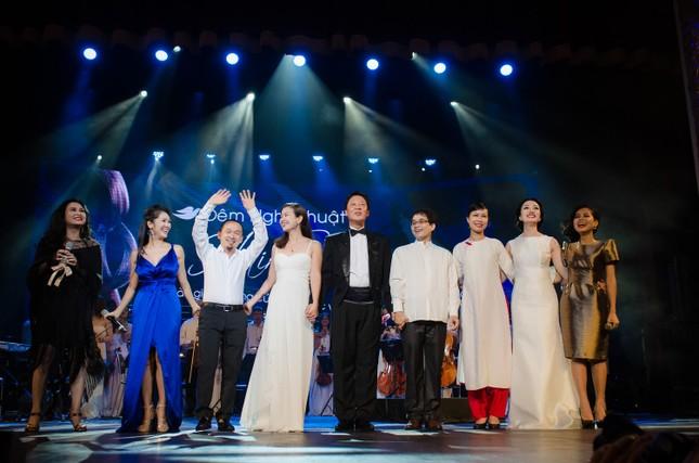 Thanh Lam, Hồng Nhung đọ sắc cùng 'đàn em' Phạm Thu Hà ảnh 1
