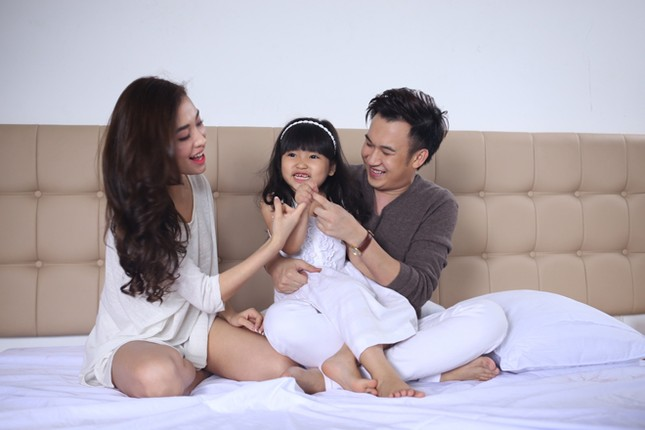 Dương Triệu Vũ tình tứ bên bạn gái cũ của Trấn Thành ảnh 2