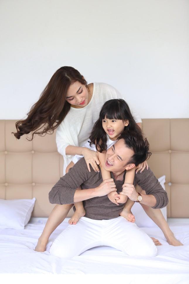 Dương Triệu Vũ tình tứ bên bạn gái cũ của Trấn Thành ảnh 5