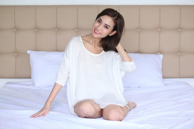 Dương Triệu Vũ tình tứ bên bạn gái cũ của Trấn Thành ảnh 4