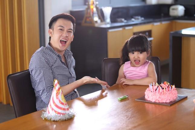 Dương Triệu Vũ tình tứ bên bạn gái cũ của Trấn Thành ảnh 6