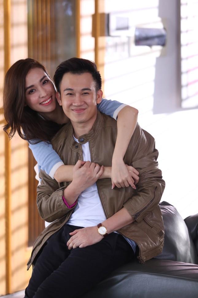 Dương Triệu Vũ tình tứ bên bạn gái cũ của Trấn Thành ảnh 9