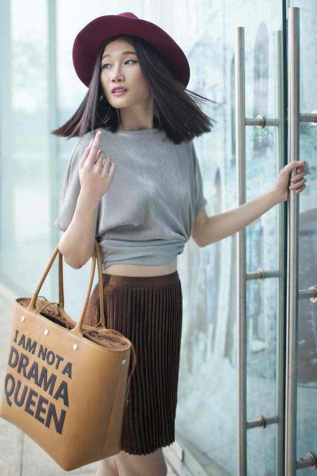 Kha Mỹ Vân 'lột xác' sau khi trở về từ kinh đô thời trang Milan ảnh 6