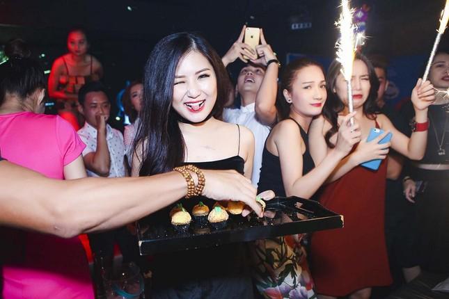 Hương Tràm gợi cảm đón sinh nhật tuổi 20 ảnh 3