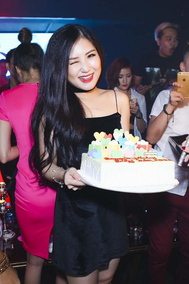 Hương Tràm gợi cảm đón sinh nhật tuổi 20 ảnh 4