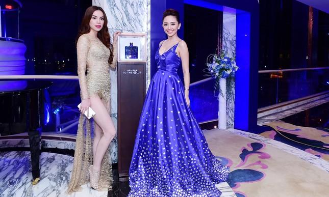 Hà Hồ, Tóc Tiên đọ vẻ nóng bỏng tại dạ tiệc ảnh 6