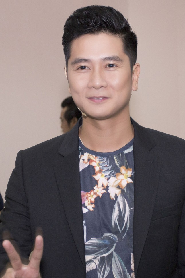 Vợ chồng Lưu Hương Giang sành điệu trở lại The Voice Kids ảnh 7