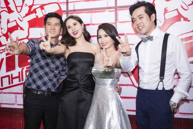 Lưu Hương Giang gợi cảm ngồi ghế nóng The Voice Kids ảnh 10