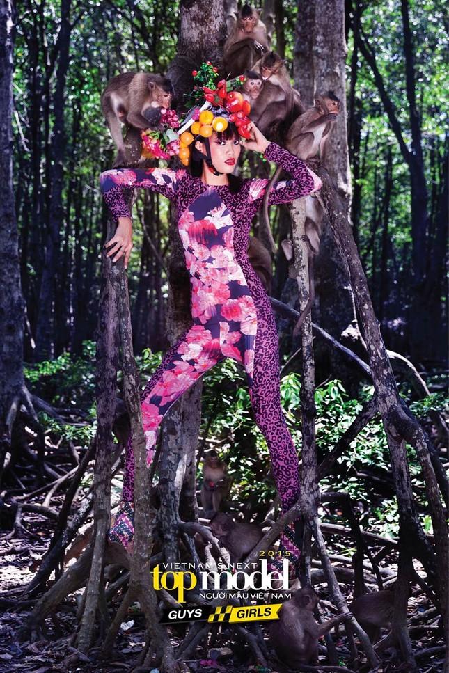Thí sinh Next Top Model sợ hãi khi chụp ảnh với khỉ ảnh 11
