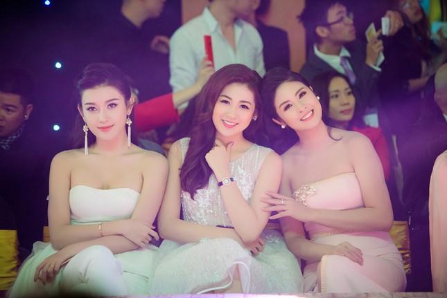 Bản tin Hoa hậu: Á hậu Diễm Trang công khai chồng sắp cưới ảnh 9