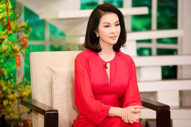 Khánh Ly hội ngộ Nguyễn Ánh 9 khi ghi hình chương trình Tết ảnh 4