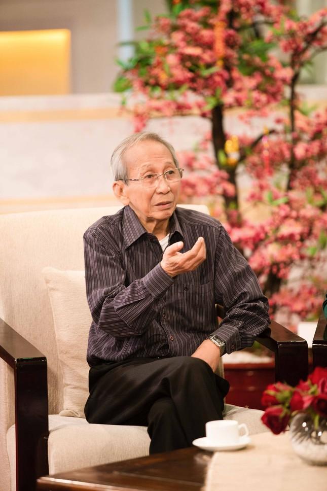 Khánh Ly hội ngộ Nguyễn Ánh 9 khi ghi hình chương trình Tết ảnh 7