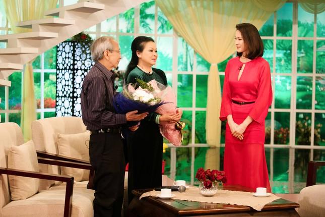 Khánh Ly hội ngộ Nguyễn Ánh 9 khi ghi hình chương trình Tết ảnh 2