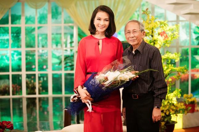 Khánh Ly hội ngộ Nguyễn Ánh 9 khi ghi hình chương trình Tết ảnh 6