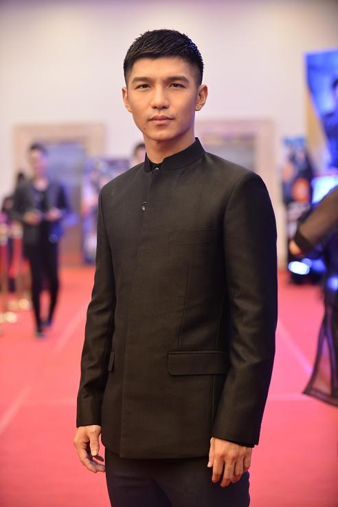 Á hậu Huyền My, Tú Anh đọ dáng cùng dàn sao phim 'Truy sát' ảnh 8
