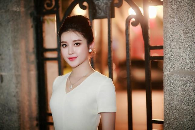 Á hậu Huyền My diện 'cây' hàng hiệu bắt mắt ảnh 8