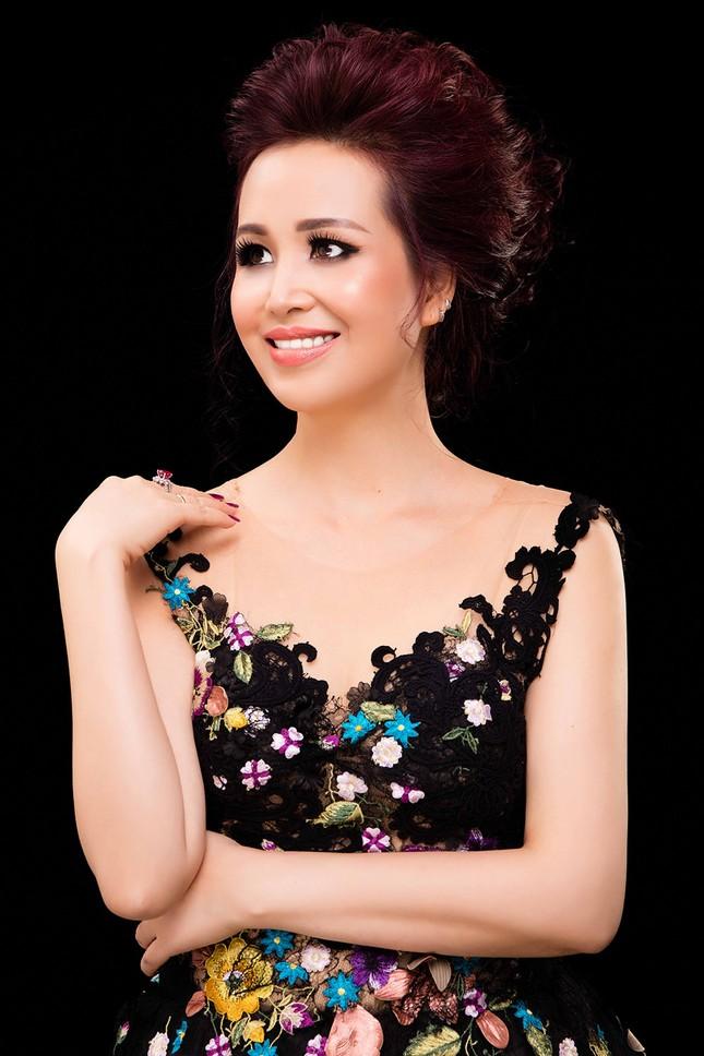 Nhan sắc xinh đẹp của hai con gái Hoa hậu Diệu Hoa ảnh 1