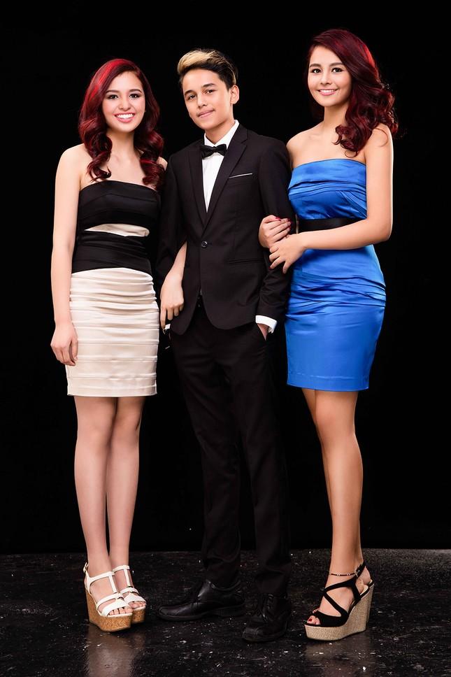 Nhan sắc xinh đẹp của hai con gái Hoa hậu Diệu Hoa ảnh 5