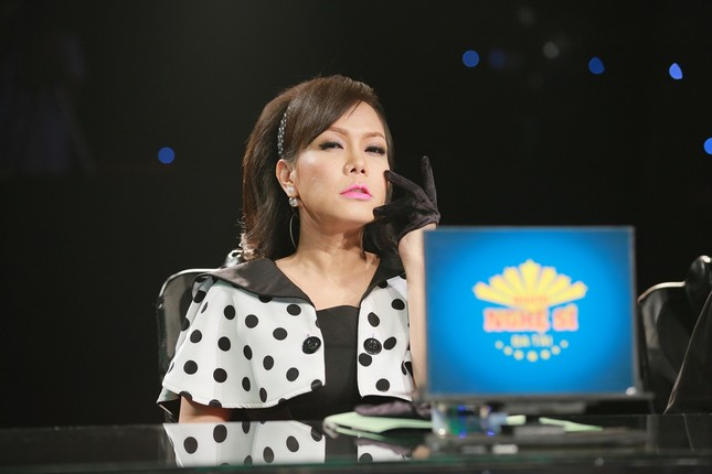 Quỳnh Chi bối rối khi biểu diễn gợi cảm trước Lam Trường ảnh 7