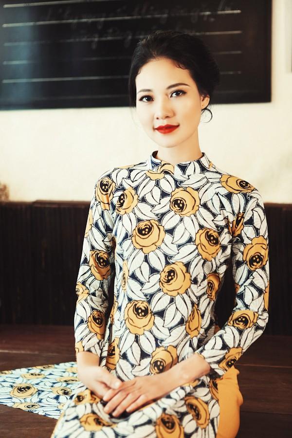 Trần Thị Quỳnh hoá thiếu nữ Sài Gòn xưa với áo dài ảnh 3