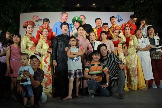 Cải lương xuống phố đi bộ Nguyễn Huệ ảnh 6
