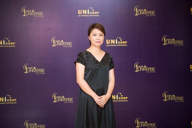 Á hậu Hoàng My về nước làm giám khảo Hoa hậu Hoàn vũ 2017 ảnh 8
