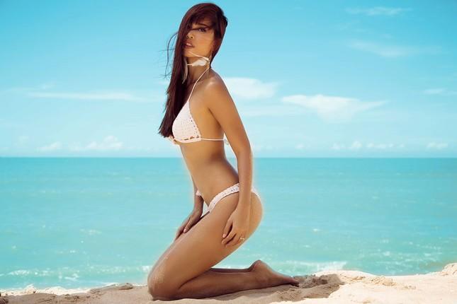 Siêu mẫu Hà Anh lên tiếng về tranh cãi người mẫu siêu gầy ảnh 2