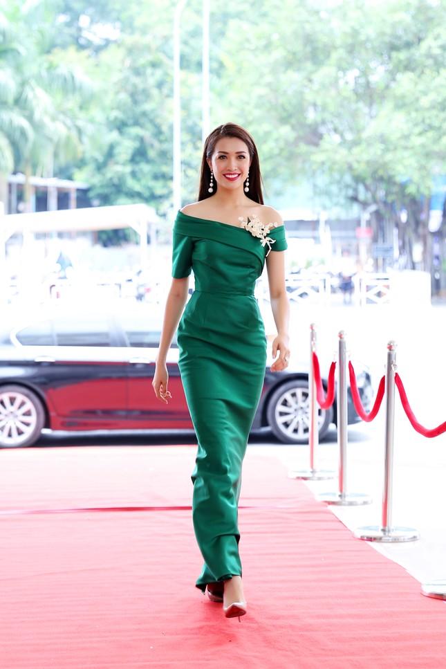 Dàn ứng viên nặng ký xuất hiện trong sơ khảo Hoa hậu Hoàn vũ ảnh 13