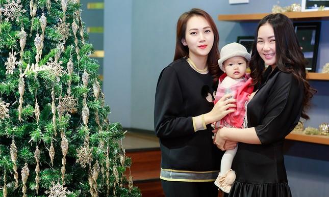 Phan Như Thảo lộ vóc dáng mũm mĩm sau gần 1 năm sinh con gái ảnh 11
