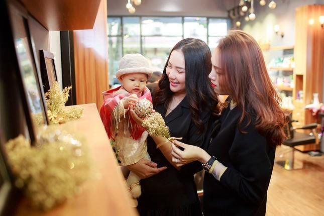 Phan Như Thảo lộ vóc dáng mũm mĩm sau gần 1 năm sinh con gái ảnh 10