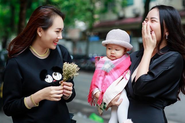 Phan Như Thảo lộ vóc dáng mũm mĩm sau gần 1 năm sinh con gái ảnh 6