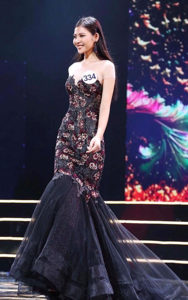 Vừa được bạn trai cầu hôn, Chúng Huyền Thanh bỏ thi Hoa hậu Hoàn vũ ảnh 1
