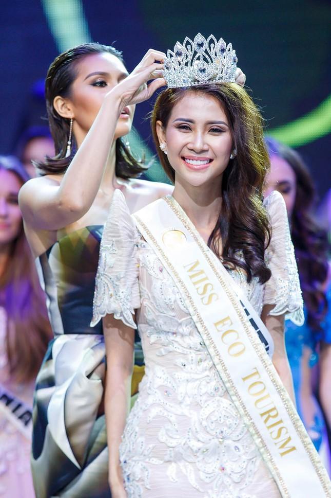 Liên Phương bất ngờ giành ngôi Á hậu 1 Miss Eco Tourism 2017 ảnh 9