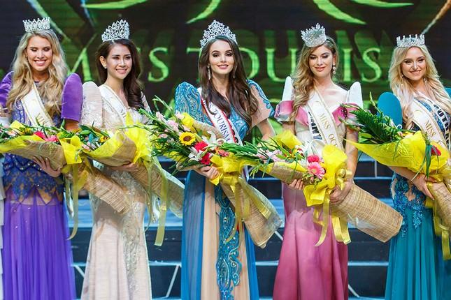 Liên Phương bất ngờ giành ngôi Á hậu 1 Miss Eco Tourism 2017 ảnh 7