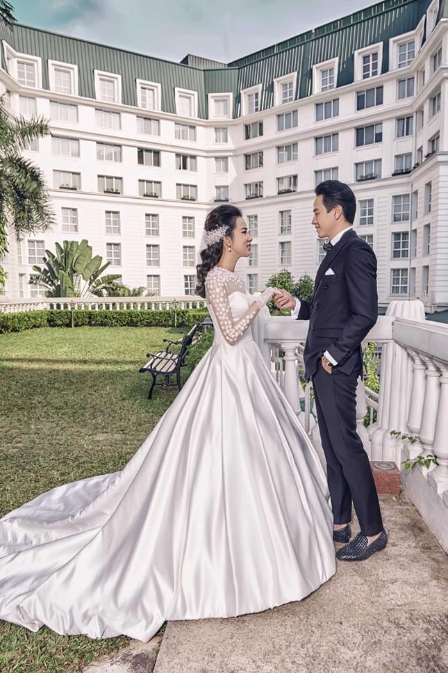 Người đẹp Phương Tiểu Bình khoe ảnh cưới đẹp lung linh ảnh 6