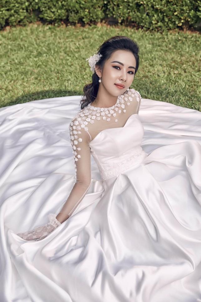 Người đẹp Phương Tiểu Bình khoe ảnh cưới đẹp lung linh ảnh 7