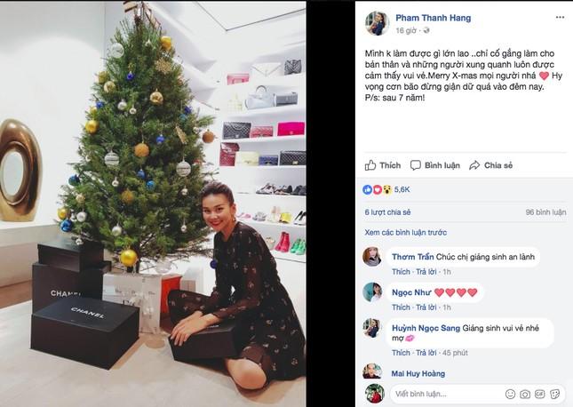 Sao Việt náo nức trang hoàng nhà cửa lộng lẫy đón Giáng Sinh ảnh 7