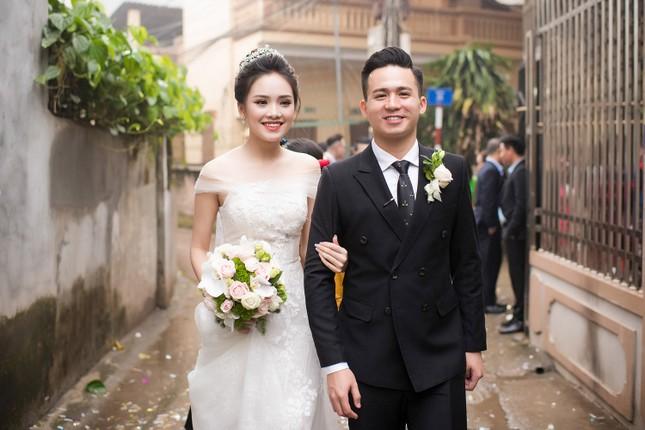 Top 10 HHVN Tố Như diện váy cưới đính kim cương trong hôn lễ ảnh 5