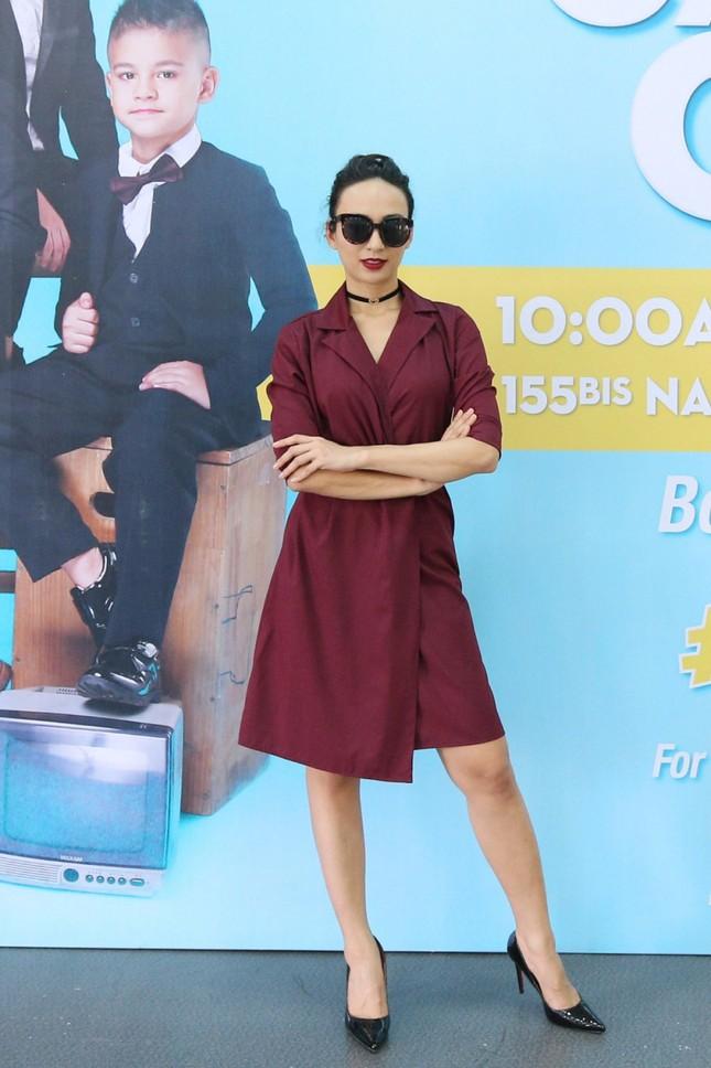 Á hậu Diễm Trang diện váy đỏ rực xẻ sâu đầy cuốn hút tại sự kiện ảnh 5
