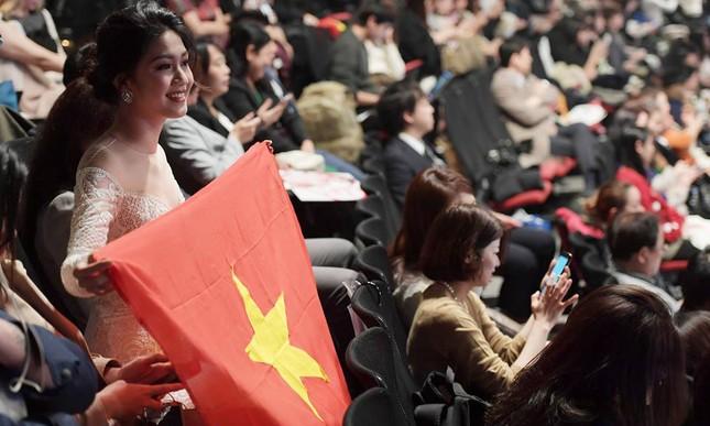Hoa hậu Đỗ Mỹ Linh, Thanh Tú lập kế hoạch đi TQ cổ vũ U23 Việt Nam ảnh 1