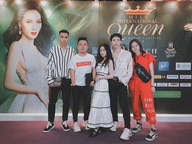 Fan cuồng nhất của Hương Giang idol khi đăng quang chính là Hoà Minzy ảnh 2