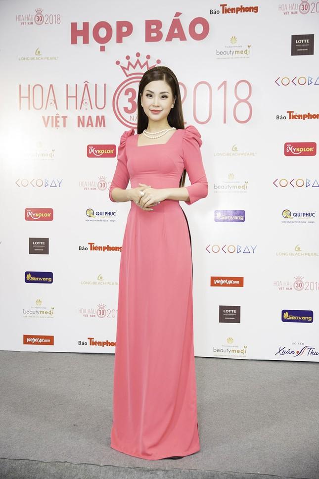 Dàn người đẹp khoe sắc tại buổi họp báo Hoa hậu Việt Nam 2018 ảnh 8