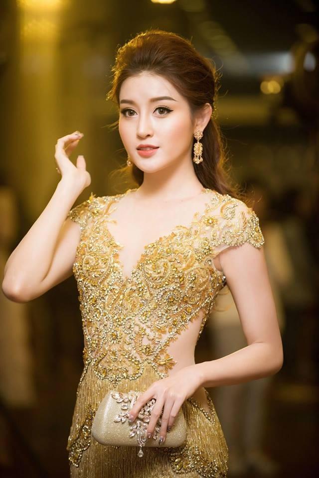 Á hậu Huyền My, Thanh Tú đọ nhan sắc 'nữ thần' trên thảm đỏ ảnh 3