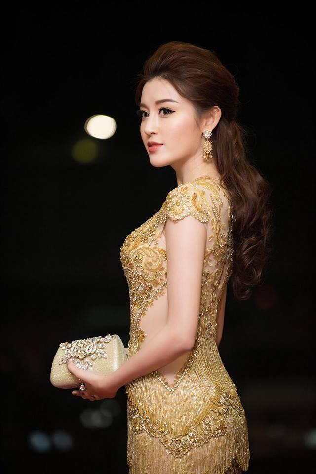 Á hậu Huyền My, Thanh Tú đọ nhan sắc 'nữ thần' trên thảm đỏ ảnh 4