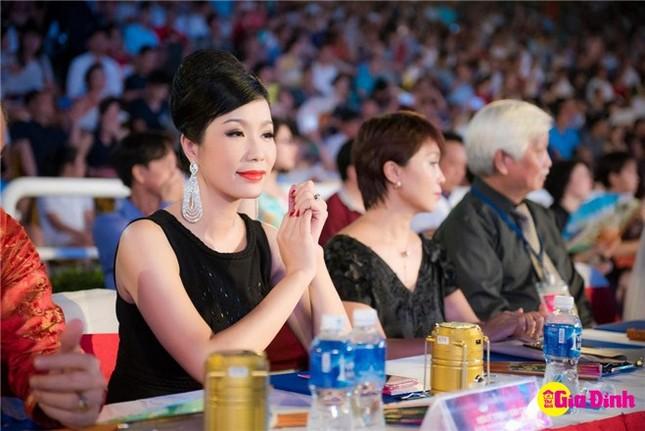 4 hoa hậu tài năng từng làm giám khảo Hoa hậu Việt Nam là ai? ảnh 10