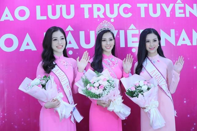 Hoa hậu Trần Tiểu Vy: 'Tôi đủ bản lĩnh để vượt qua cám dỗ' ảnh 3
